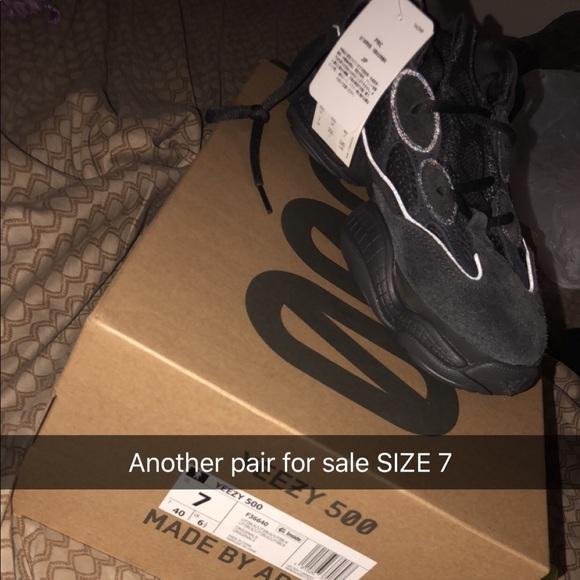 232502ff7 Yeezy 500 Size 7 Unisex